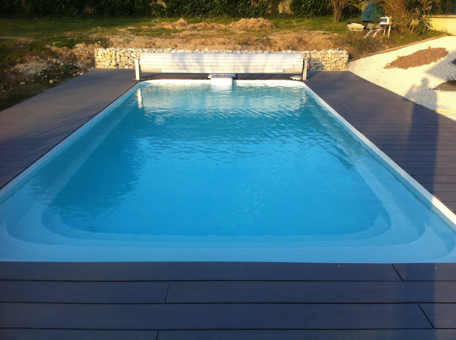 Piscine coque polyester rectangulaire 7x3 pour filtration for Piscine 7x3