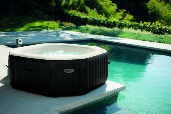 Jacuzzi gonflable octogonal  INTEX 6 places
